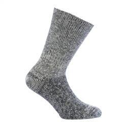 Vår tjockaste strumpa i grå. Namn på produkt Socks Classic 800