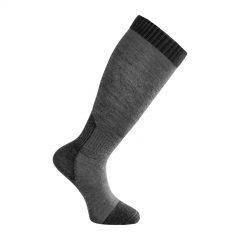 Tunn strumpa med knähögt skaft i mörkgrå och grå. Namn på produkten Socks Skilled Liner Knee-High